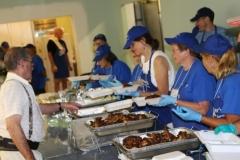 A25-2K2A5247 - Serving food-ed